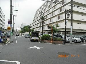 世田谷三丁目鳥福交差点安全対策(カーブミラーの取替え)