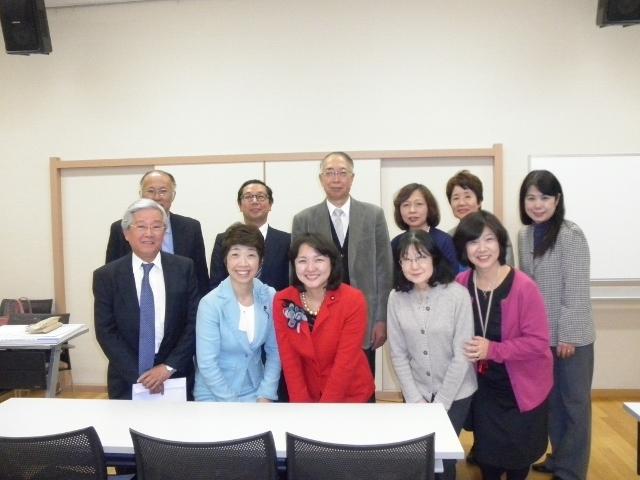区政報告会を開催しました (2013.12.1)